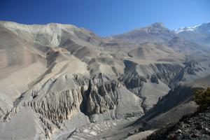 NEPAL - z Muktinath (3760 m.n.m.) do Jomsonu (2720 m.n.m)