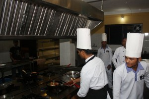 Kitchen staff hotel B&B Sapana Lodge Chitwan Nepal