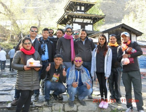 Mustang Tour of Sapana Village family.